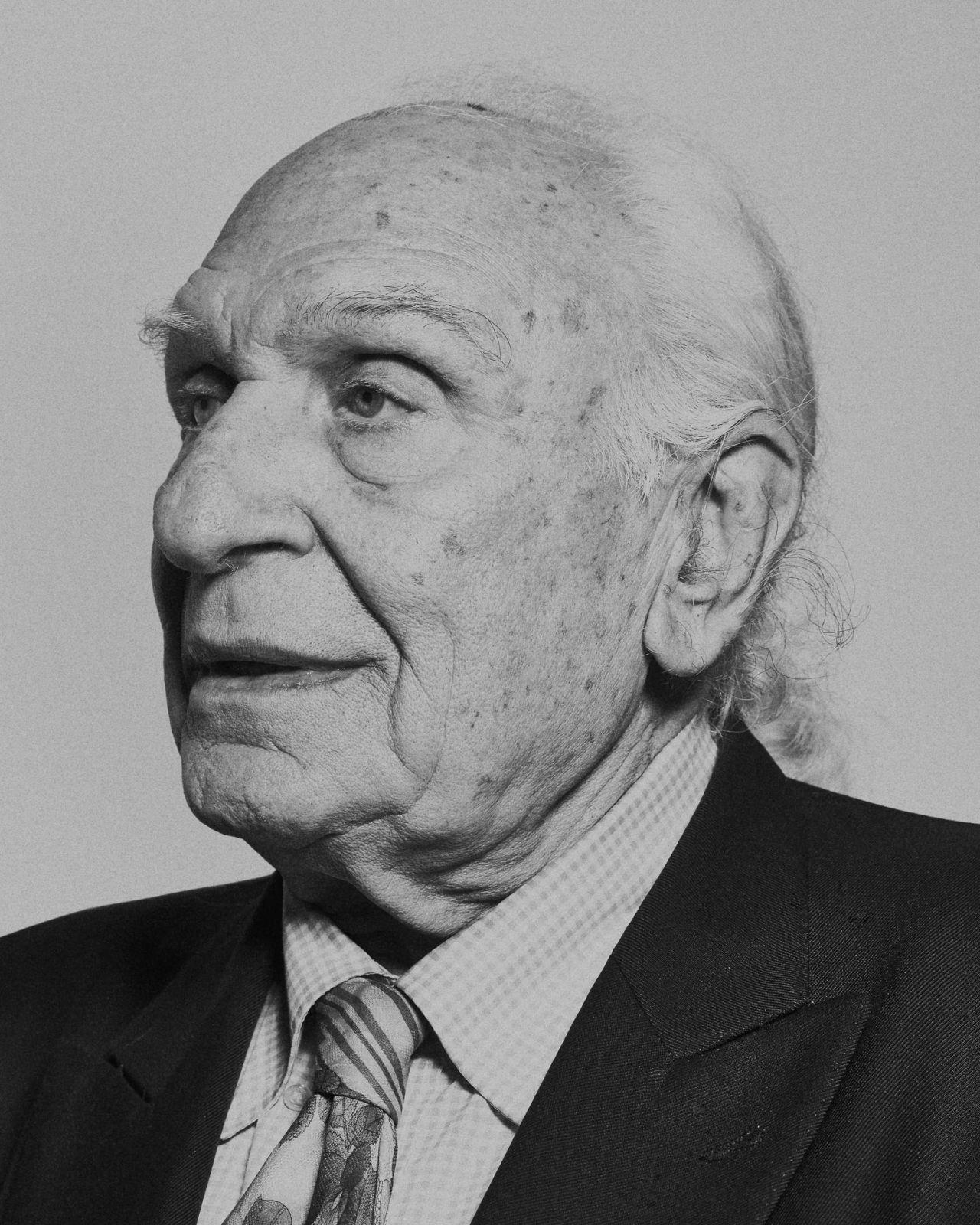 Piero Martinello Deviation